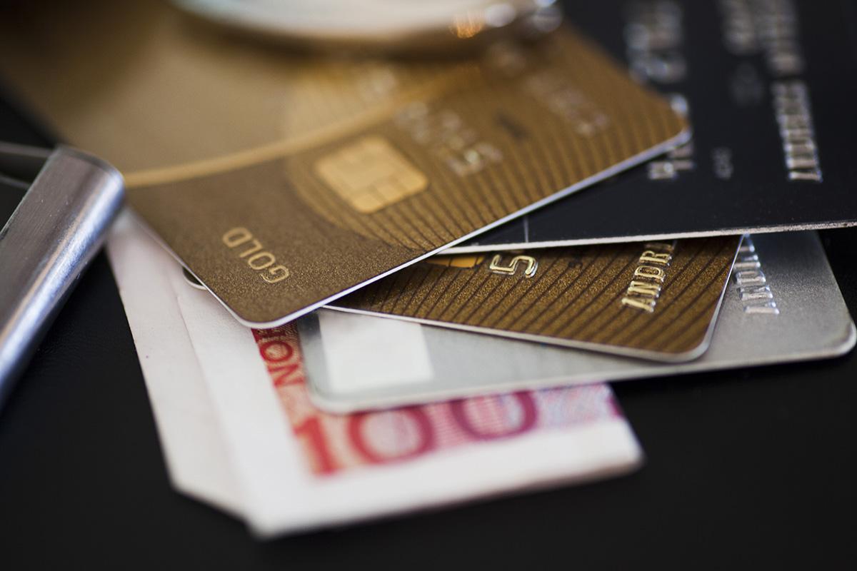 Historia kart płatniczych