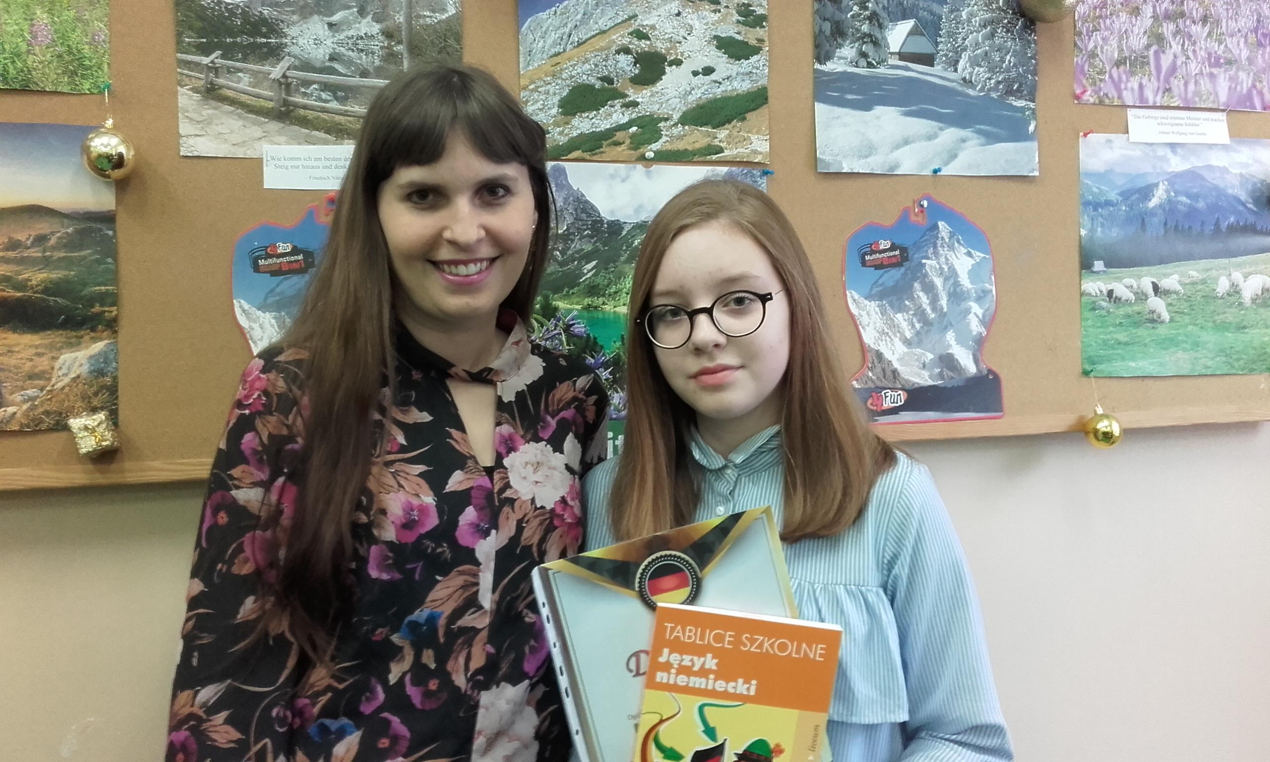 Wiktoria Otorowska laureatką ogólnopolskiego konkursu  z języka niemieckiego
