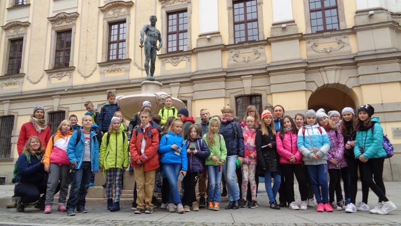 Młodzież z WITOLDA na Uniwersytecie i w Klasztorze