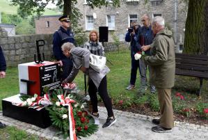 Odsłonięcie pomnika Rajmunda Niwińskiego
