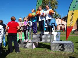Zawody lekkoatletyczne i festyn